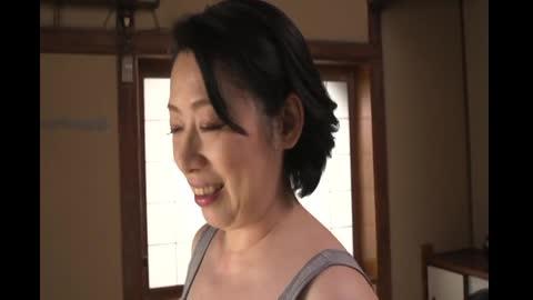 番号鸽母親的臀部 抽插一清二楚的近親相姦 其之三 柏木舞子 TTTV-010