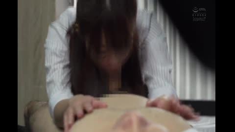 番号鸽對著討厭上司工作中總是舔舐服侍的舔棒OL末路… 櫻萌子 CAWD-202