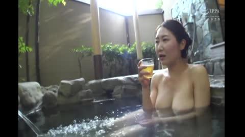 番号鸽人妻Resort みほ33歳 GBSA-069