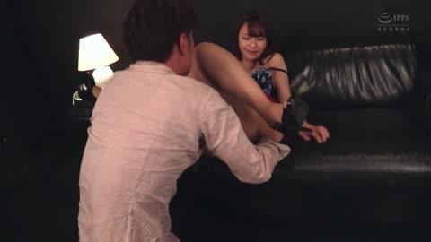 番号鸽CEAD-266高級酒店現役媽媽桑 被型男搭訕的那天就來幹! 咲野乃花